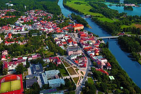 Vlašim - das im 19. Jahrhundert neu gestaltete Renaissanceschloss, Foto: Archiv Vydavatelství MCU s.r.o.